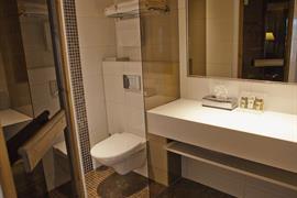 91071_005_Guestroom