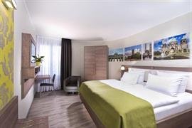 95265_003_Guestroom