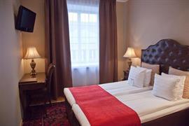 88180_004_Guestroom
