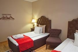88180_006_Guestroom