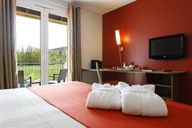 93700_002_Guestroom