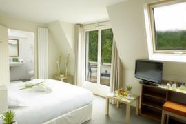93700_003_Guestroom