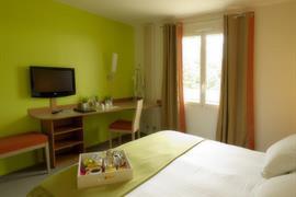 93700_004_Guestroom