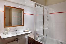 93700_007_Guestroom