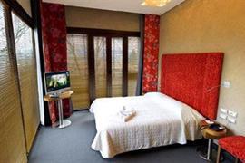 98212_005_Guestroom