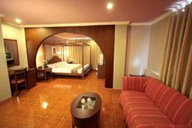 99003_005_Guestroom