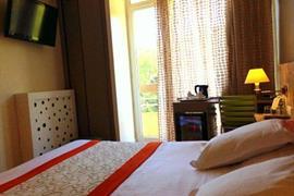 93588_007_Guestroom