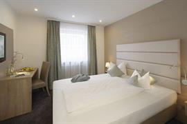 95372_004_Guestroom