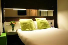93729_003_Guestroom