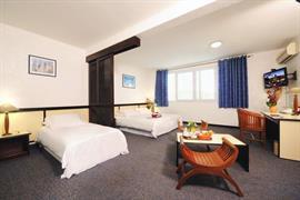 93518_004_Guestroom