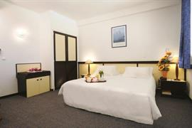 93518_005_Guestroom