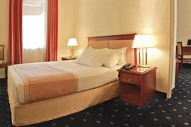 93454_003_Guestroom