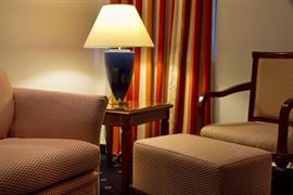 93454_004_Guestroom
