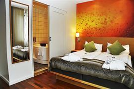 88175_006_Guestroom