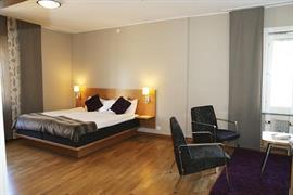 88175_007_Guestroom