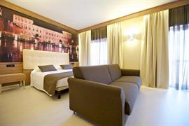98159_005_Guestroom