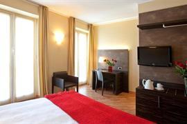 98125_003_Guestroom