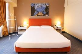 98196_007_Guestroom