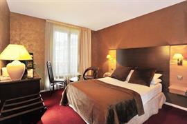 93498_006_Guestroom