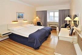 88166_004_Guestroom