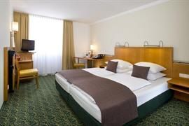 95296_007_Guestroom