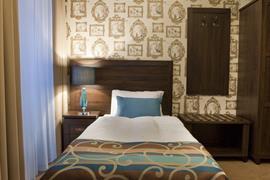 81032_007_Guestroom