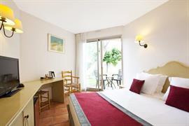 93608_007_Guestroom