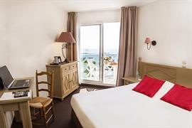 93691_003_Guestroom