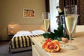 89613_004_Guestroom
