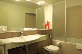 89613_007_Guestroom