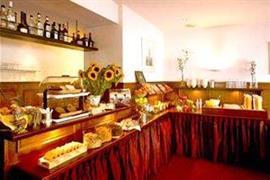 92702_001_Restaurant