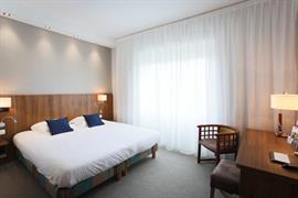 93394_004_Guestroom