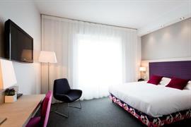 93394_005_Guestroom
