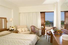 77522_006_Guestroom