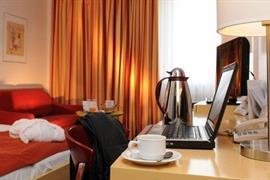 95282_004_Guestroom