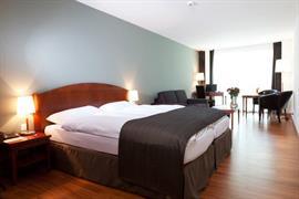 94229_004_Guestroom