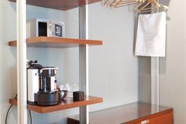 94229_007_Guestroom
