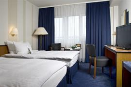 95408_005_Guestroom