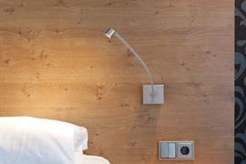 92696_007_Guestroom