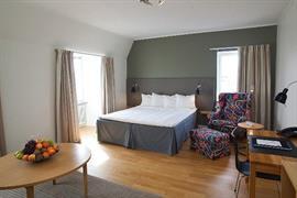 88192_005_Guestroom