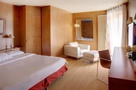 93685_003_Guestroom