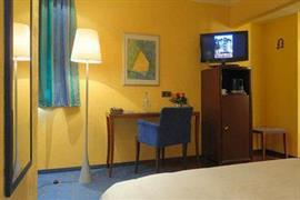 95260_004_Guestroom