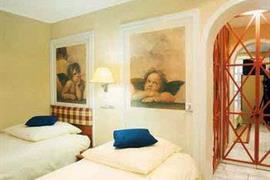 95260_005_Guestroom