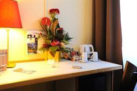 93671_007_Guestroom