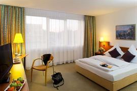 95462_006_Guestroom