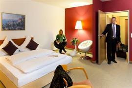 95462_007_Guestroom