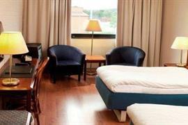 88142_004_Guestroom