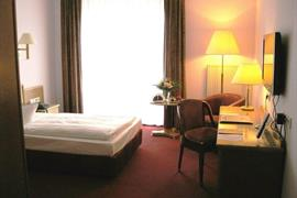 95156_005_Guestroom