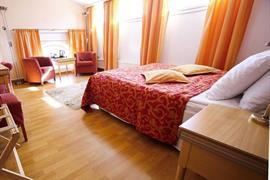 91051_004_Guestroom