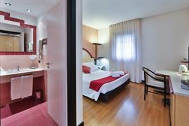 98150_007_Guestroom